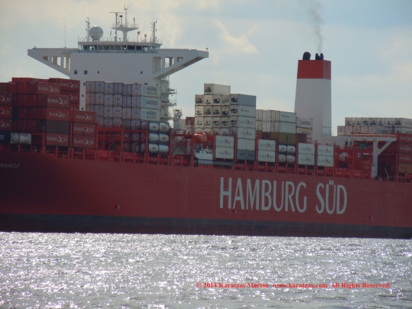 Post-panamax Containership MV 'CAP SAN MARCO' (9,700 TEU, built in 2013); Hamburg Port Call in May 2014