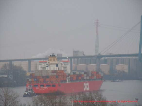 MV OOCL MONTREAL 9