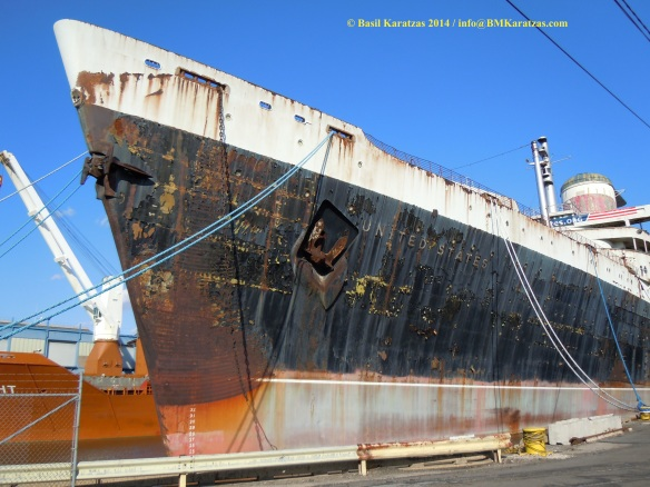SS United States_bow_BMK 1 MAR2014