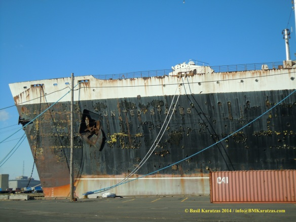 SS United States_bow_BMK 22 MAR2014