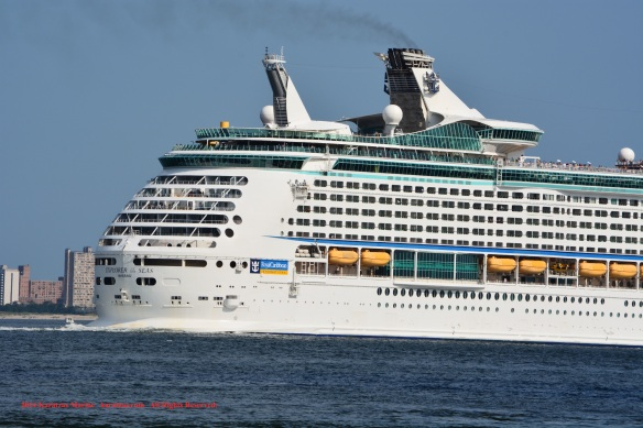 MV EXPLORER OF THE SEAS 10