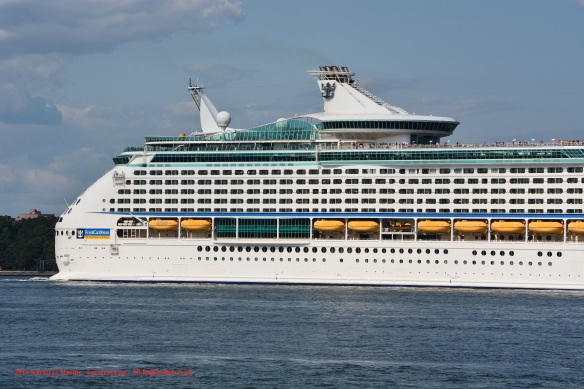 MV EXPLORER OF THE SEAS 5