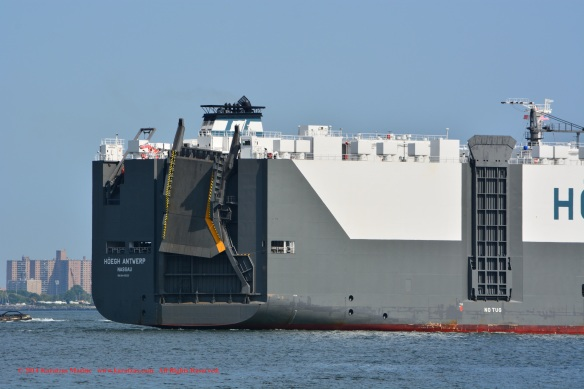MV HOEGH ANTWERP 11