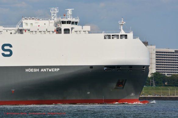 MV HOEGH ANTWERP 9