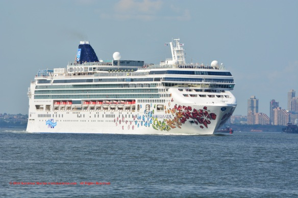 MV NORWEGIAN GEM 1