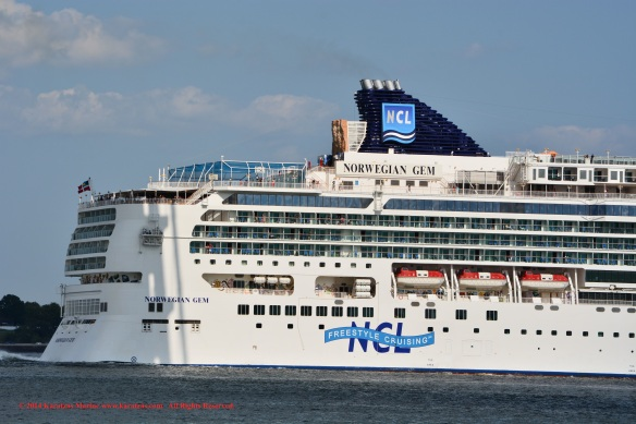 MV NORWEGIAN GEM 8
