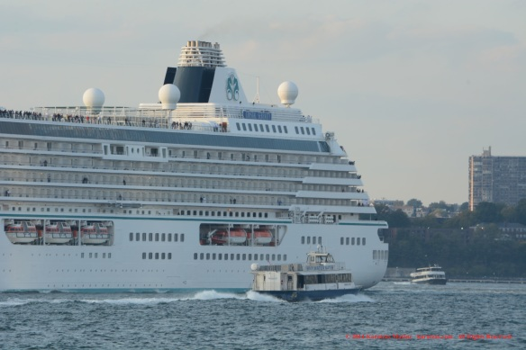 MV CRYSTAL SERENITY 5