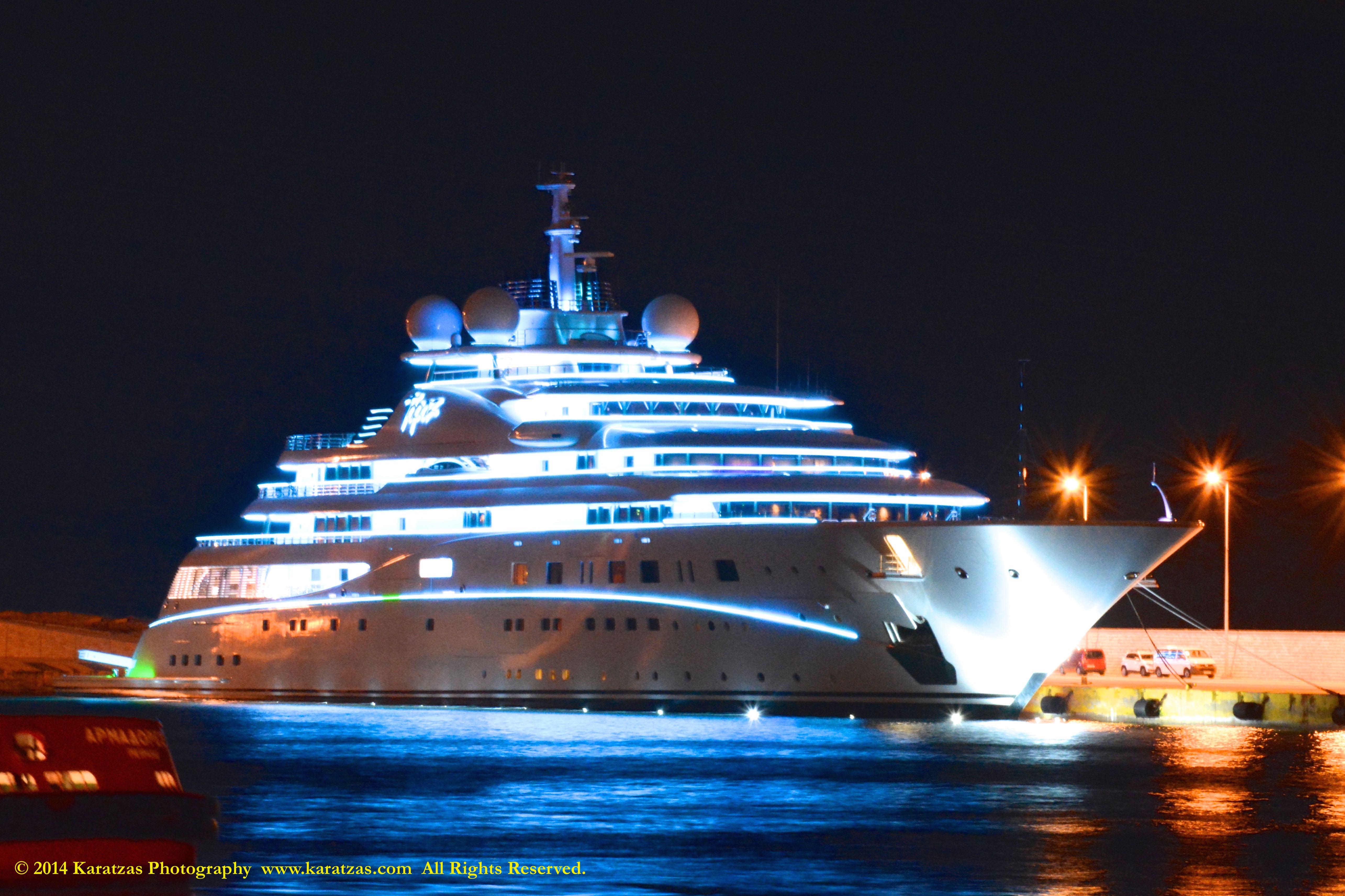 Yachts At Night Yachts & Sailing |...