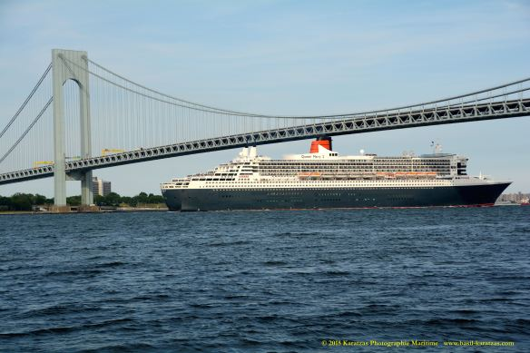 MV QUEEN MARY 2_2_10