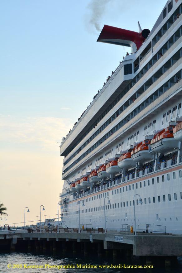 MV CARNIVAL FREEDOM 10@