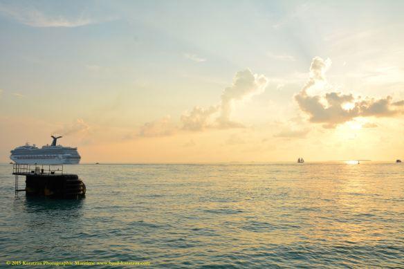 MV CARNIVAL FREEDOM 15@